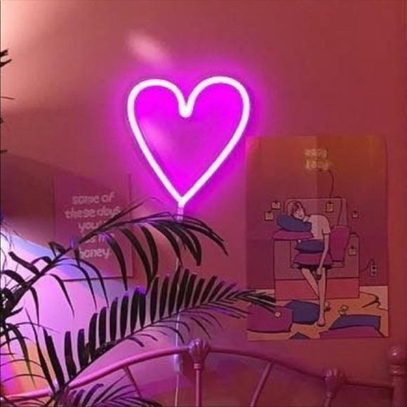 Vsco Neon Heart Sign